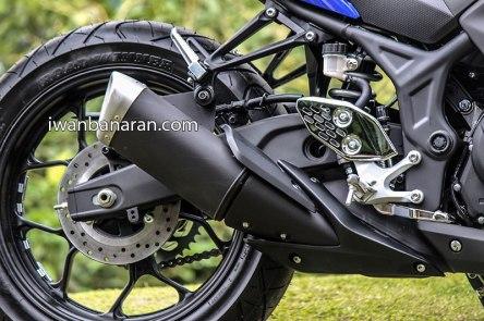Yamaha-YZF-R25-photos-027
