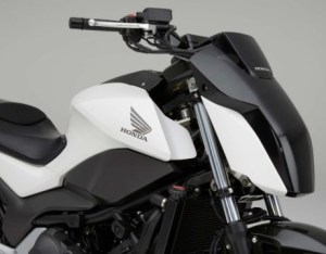 honda-riding-assist-motorcycle-self-balancing-02